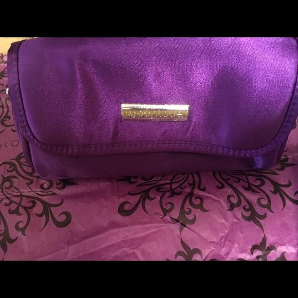 Younique Handbags - Younique Bag
